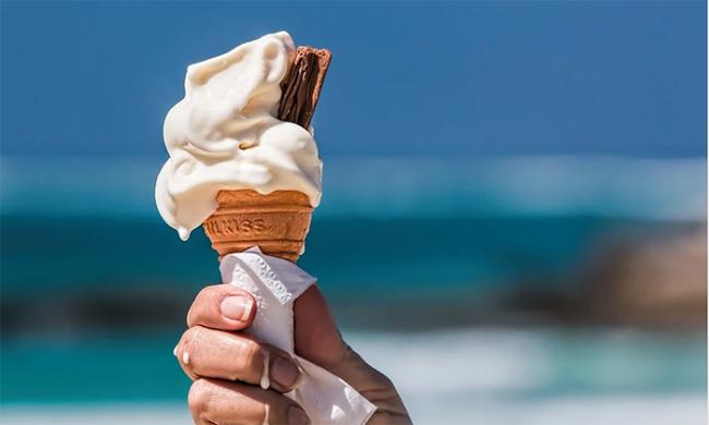 gelato sciolto cono