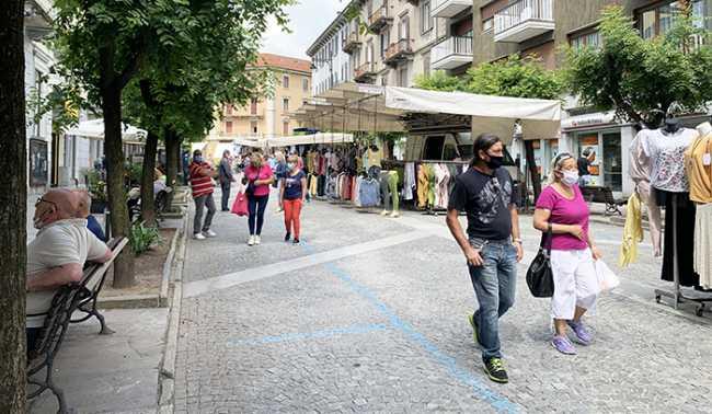 mercato domo sabato covid viale