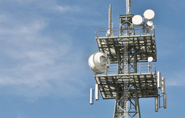traliccio antenna antenne telefonia