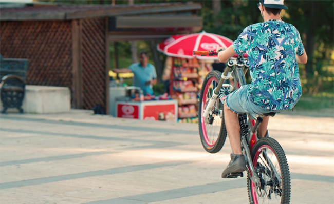 bicicletta impennata