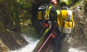soccorso canyoning forra uomini